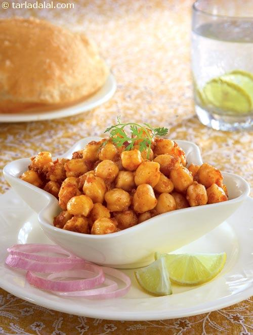 Peshawari Chole ( Know Your Dals and Pulses)