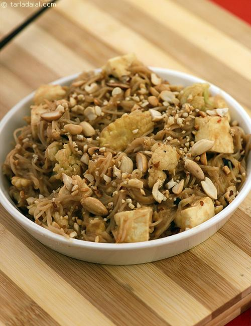 Thai Stir-fried Noodles, the lemony peanut butter based sauce adds a classy touch to this simple noodle recipe and the peanuts give it a nice crunch.